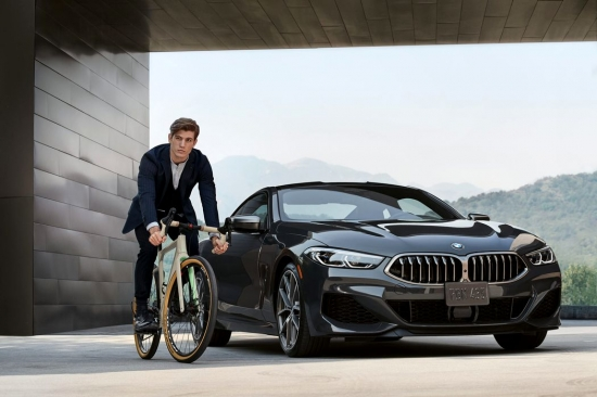 BMW and 3T will produce a premium bike together