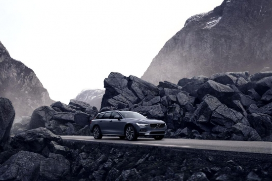The reason why Volvo is Recalling 730,000 vehicles